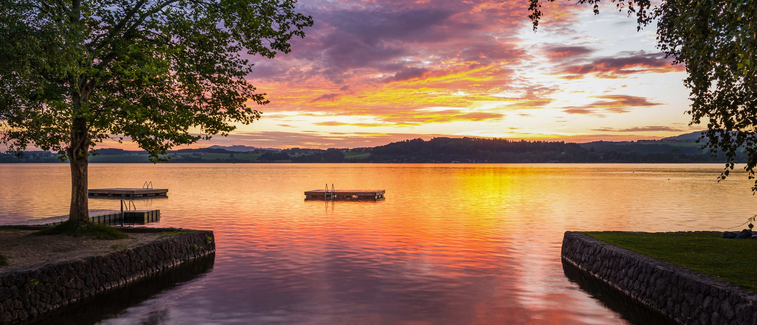 wallersee_sunset_red_2560x1100